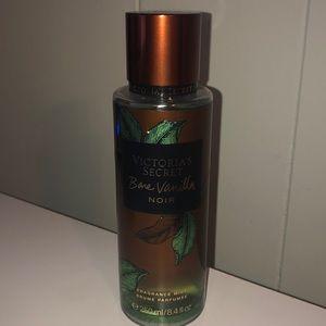 Victoria's Secret Bare Vanilla Noir Fragrance Mist